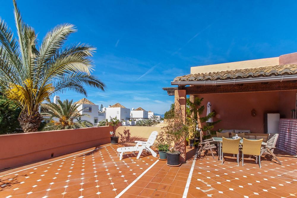 Marbella Banus Ático en Venta en Elviria – R2869868
