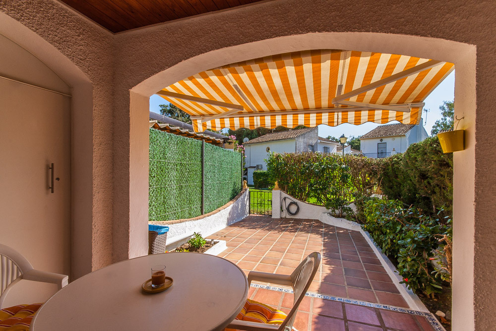 House in Elviria R3025133 12
