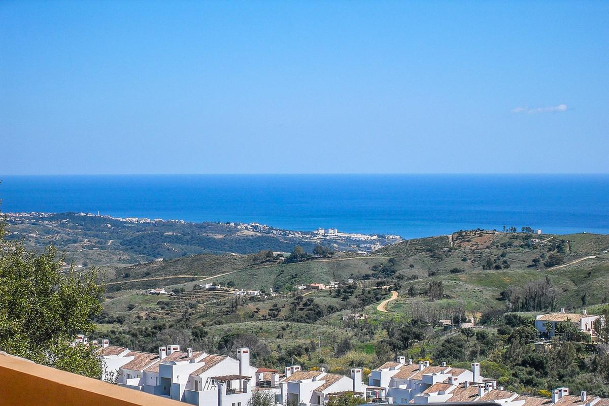 Marbella Banus Ático en Venta en La Mairena – R3484078