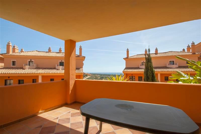Marbella Banus Apartamento Planta Baja en Venta en Elviria – R3548176