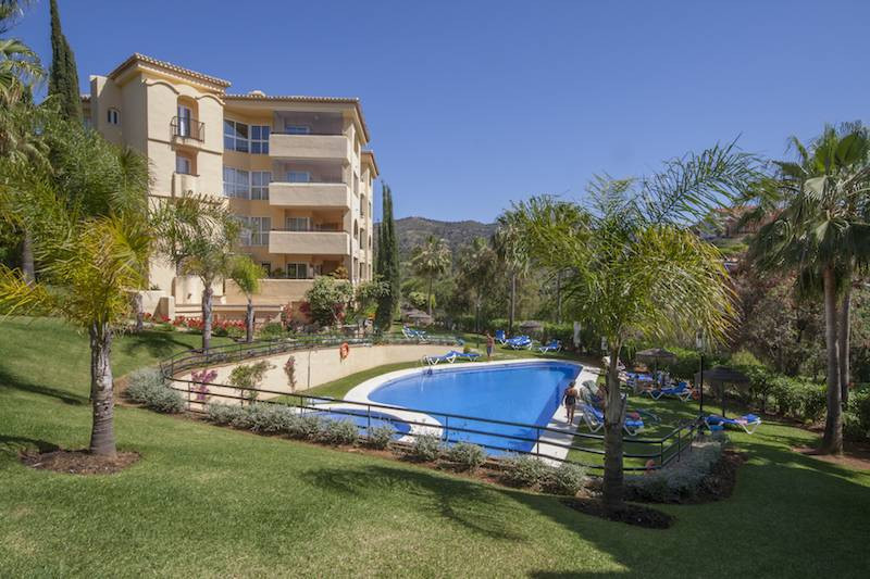 Middle Floor Apartment in Elviria