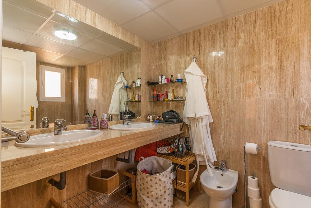 Apartment in Elviria R3218944 6