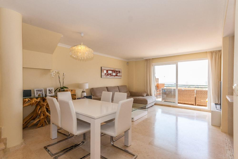 Apartment in Elviria R3218944 9