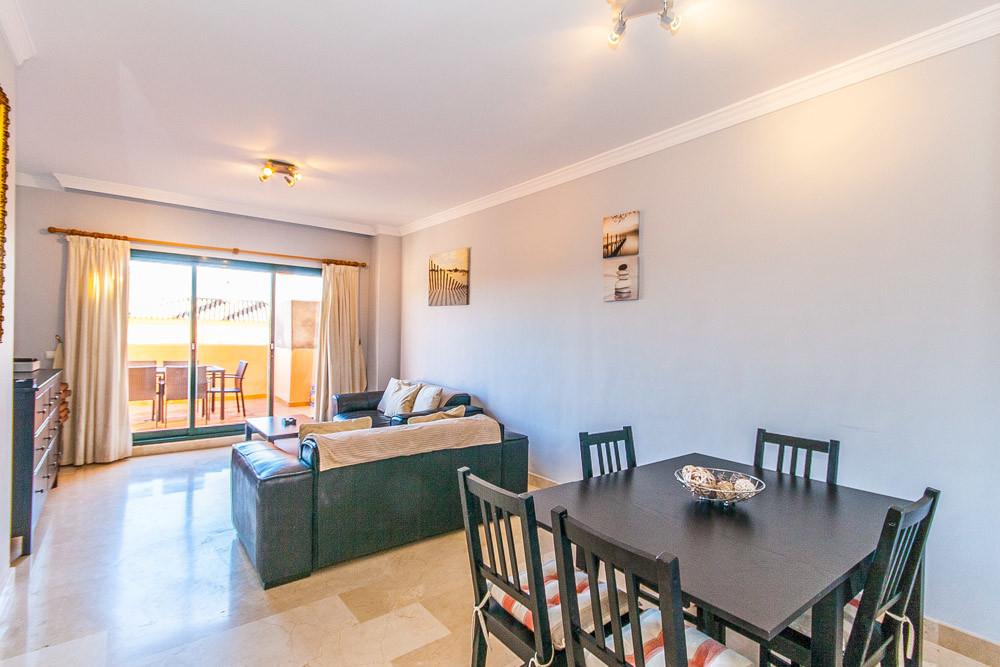 Apartment in Elviria R3333691 3