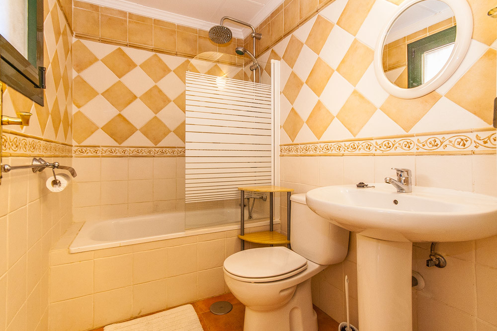 Apartment in Elviria R3333691 5