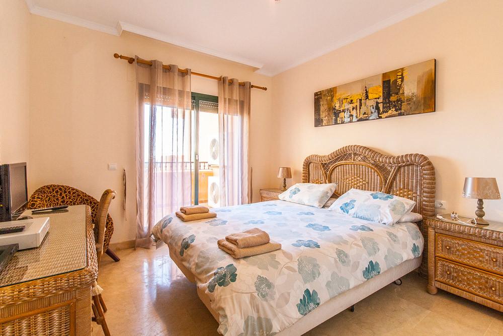 Apartment in Elviria R3333691 9