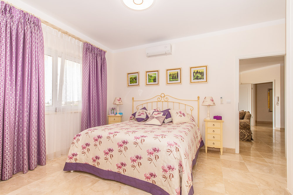 Hus in Elviria R2981681 22