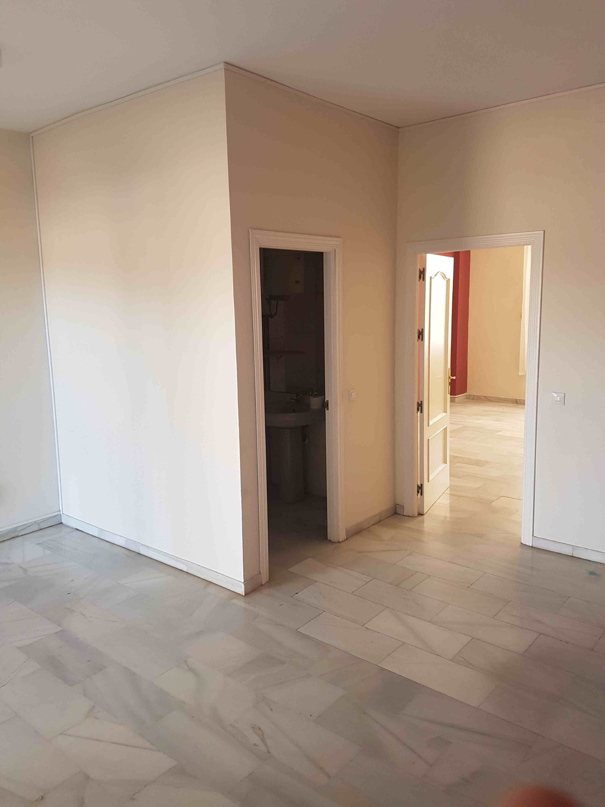 Office For Sale Calahonda