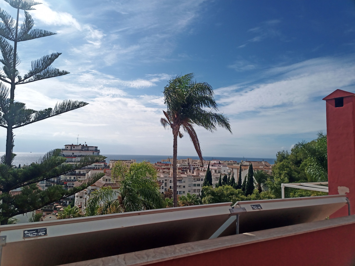 Lovely property situation in an exclusive residential area of Marbella, 400m from Av Ricardo Soriano,Spain