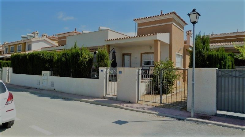 Semi-Detached House, Busot, Costa Blanca. 2 Bedrooms, 2 Bathrooms, Built 85 m², Terrace 11 m², Garde, Spain