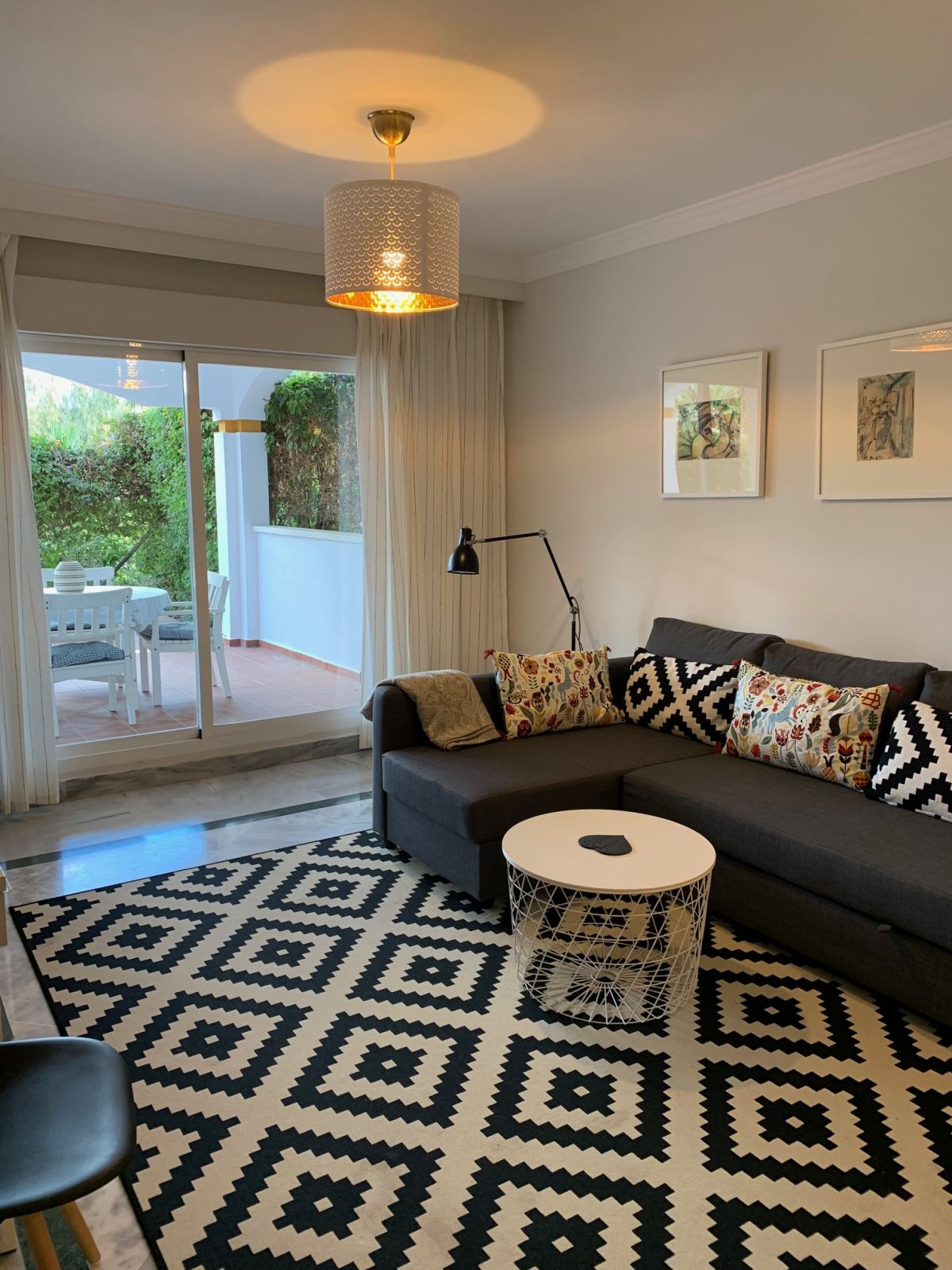 Apartamento Planta Baja  en venta en  Puerto Banús, Costa del Sol – R3382735