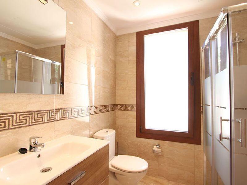 Villa con 6 Dormitorios en Venta Marbesa