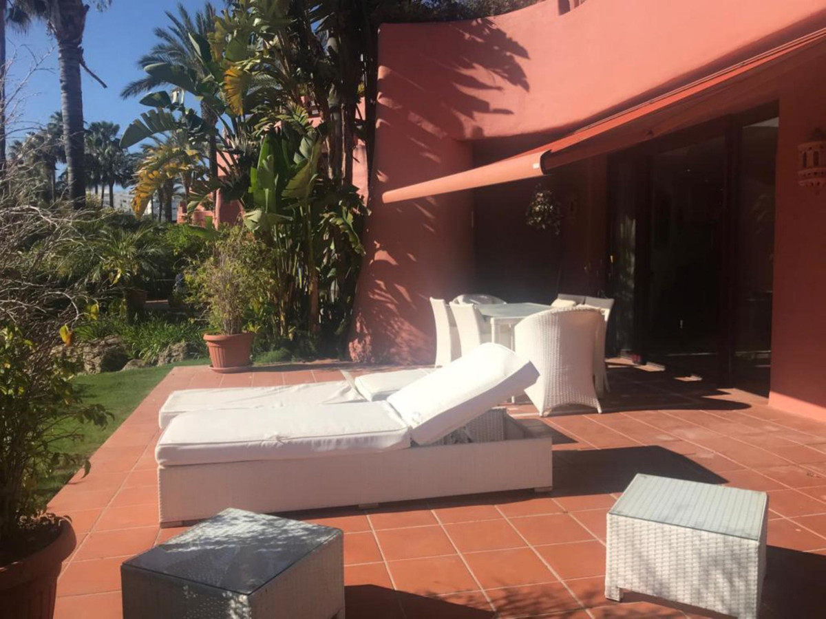 Apartamento Planta Baja en New Golden Mile, Costa del Sol