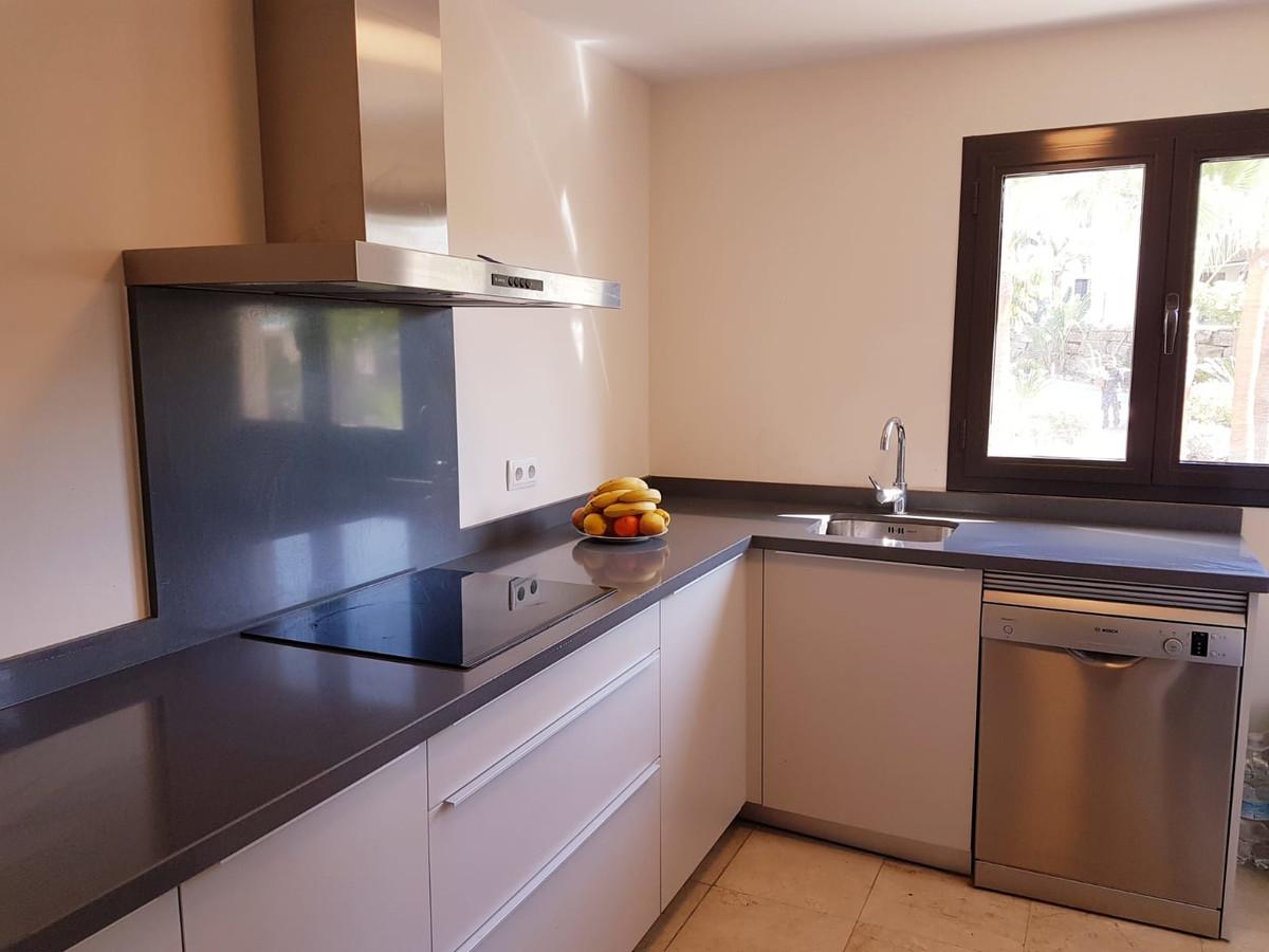 Marbella Banus Apartamento Planta Media en Venta en Benahavís – R3378397