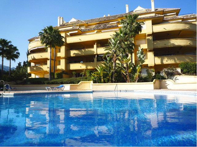 Magnificent apartment located in the center of one of the most exclusive golf courses around the coa,Spain