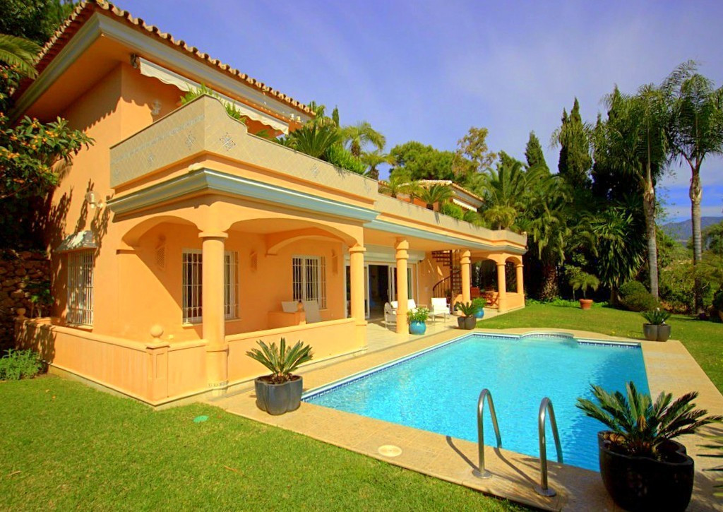Detached Villa for sale in Río Real R3037088