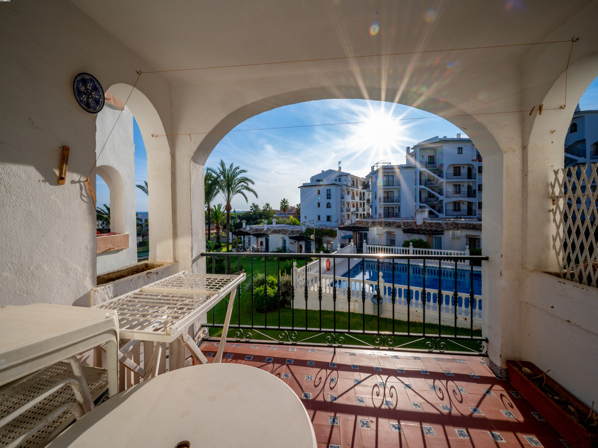 Lovely 1st floor apartment, fantastic location in Riviera del Sol. The lower part of Riviera del Sol, Spain