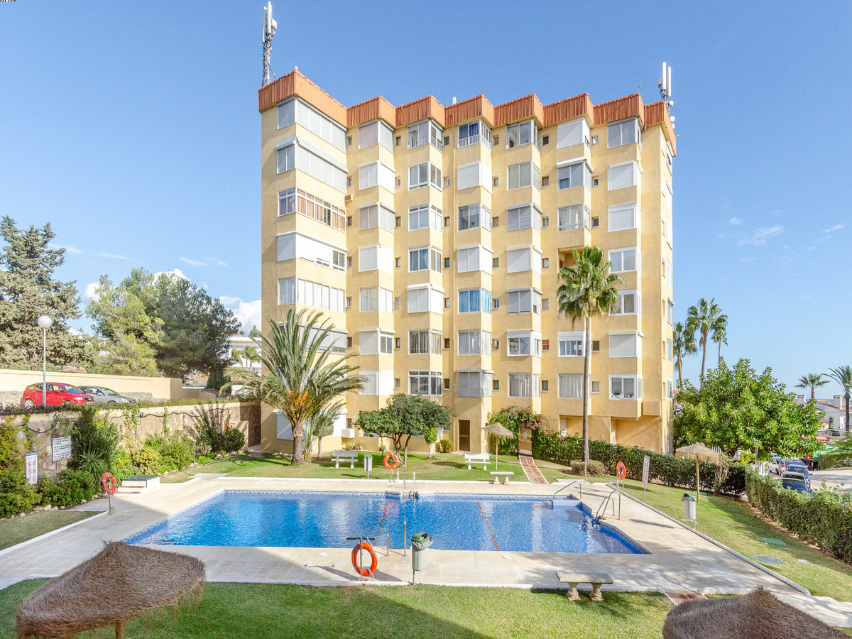 Middle Floor Apartment · La Cala De Mijas