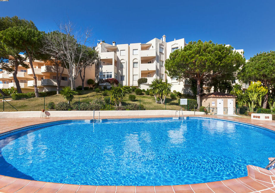 This property is situated in the heart of Riviera del Sol, close to shops and walking distance to th, Spain