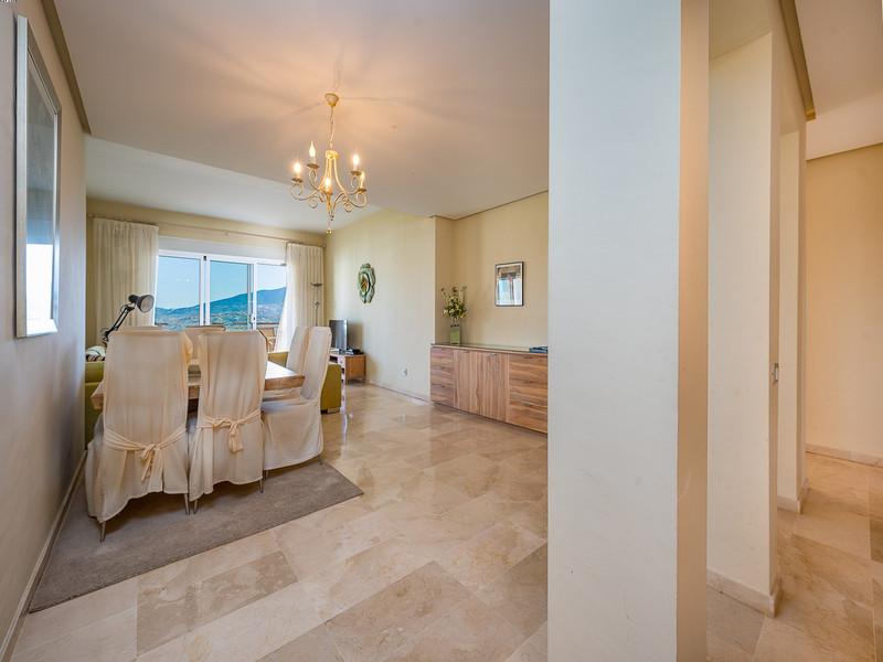 Apartamento Planta Media a la venta en La Cala de Mijas – R132011