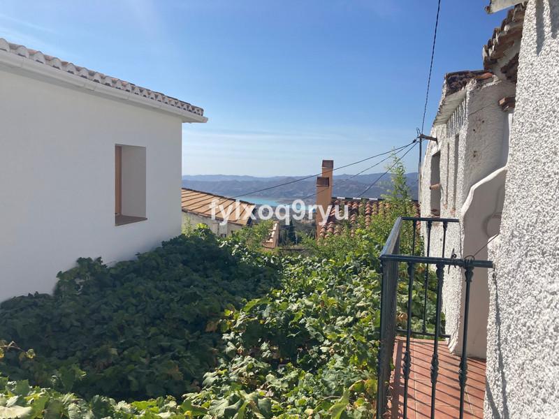 Finca - Cortijo in Periana for sale