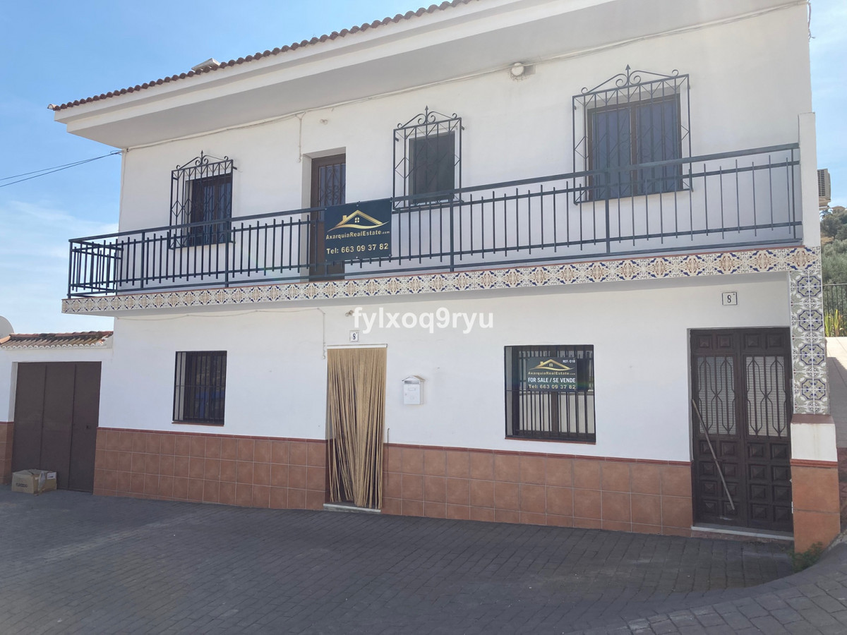 Ref:R3719798 House - Townhouse For Sale in Los Romanes