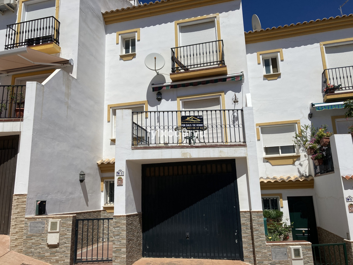 Ref:R3687653 House - Townhouse For Sale in Periana