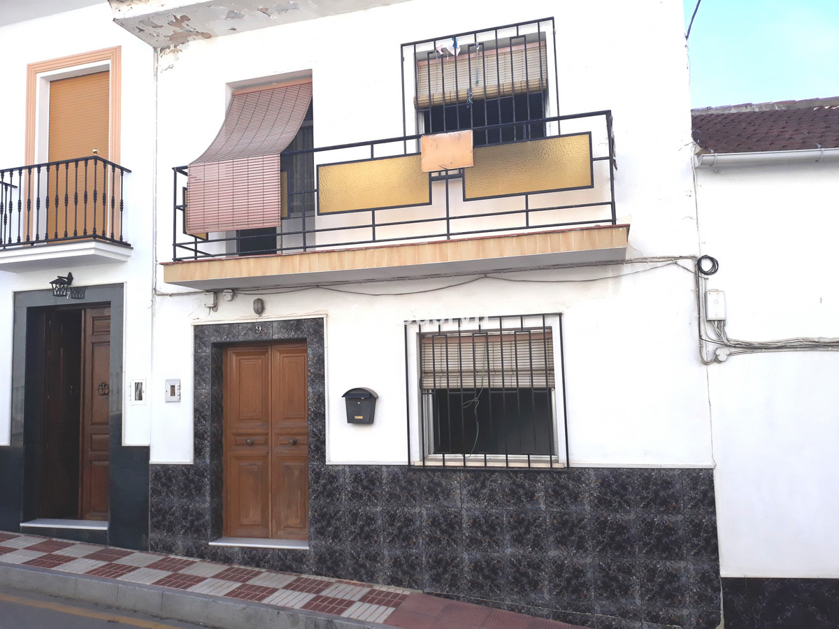 Ref:R3706958 House - Townhouse For Sale in Riogordo