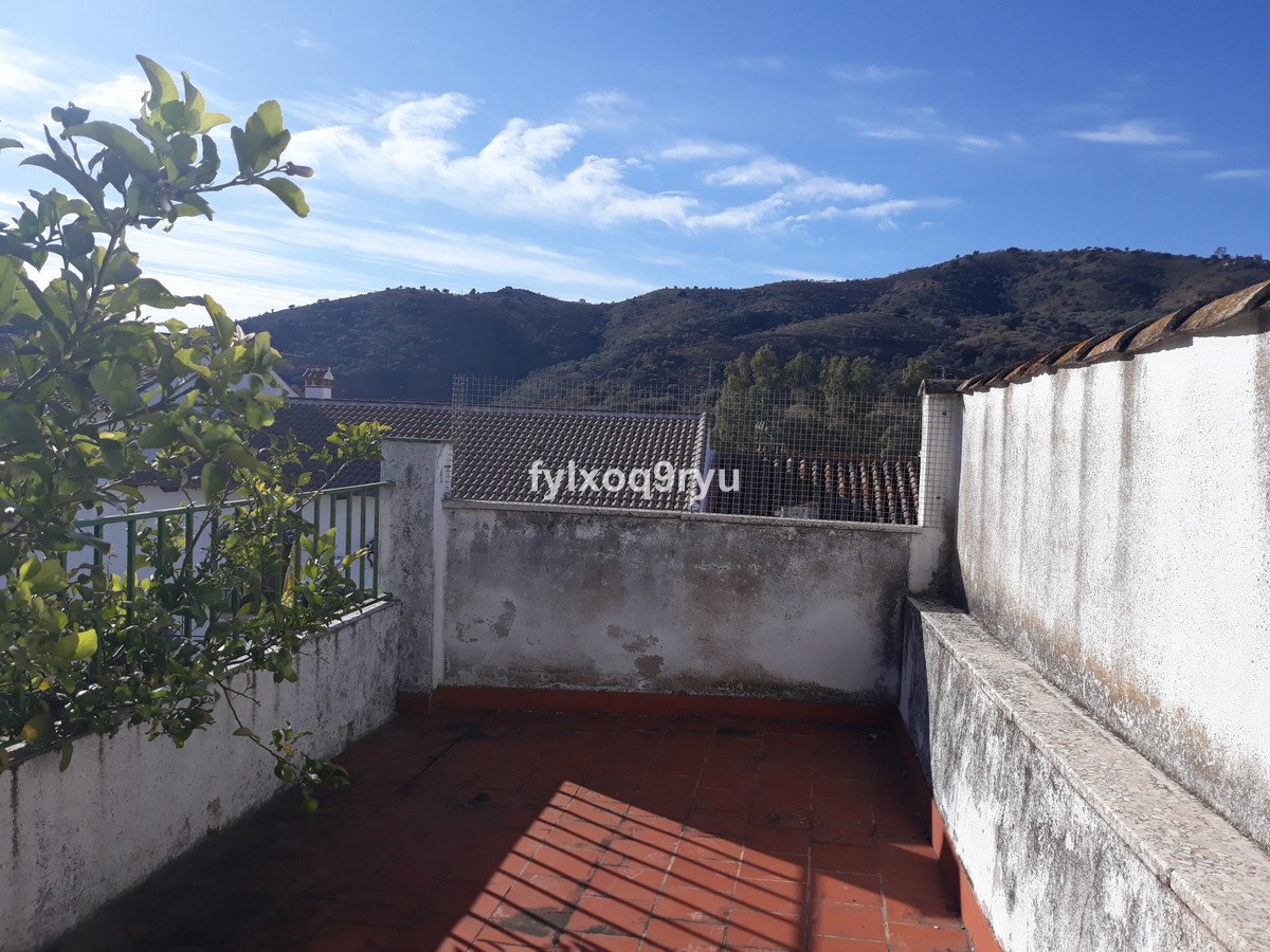 R3706958: House - Townhouse for sale in Riogordo