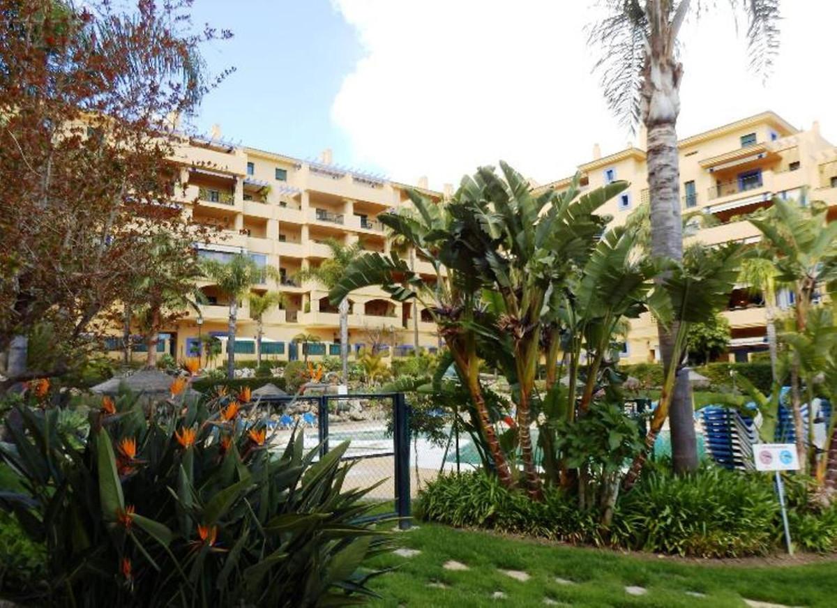 Marbella Banus Apartamento en Venta en San Pedro de Alcántara – R3578026