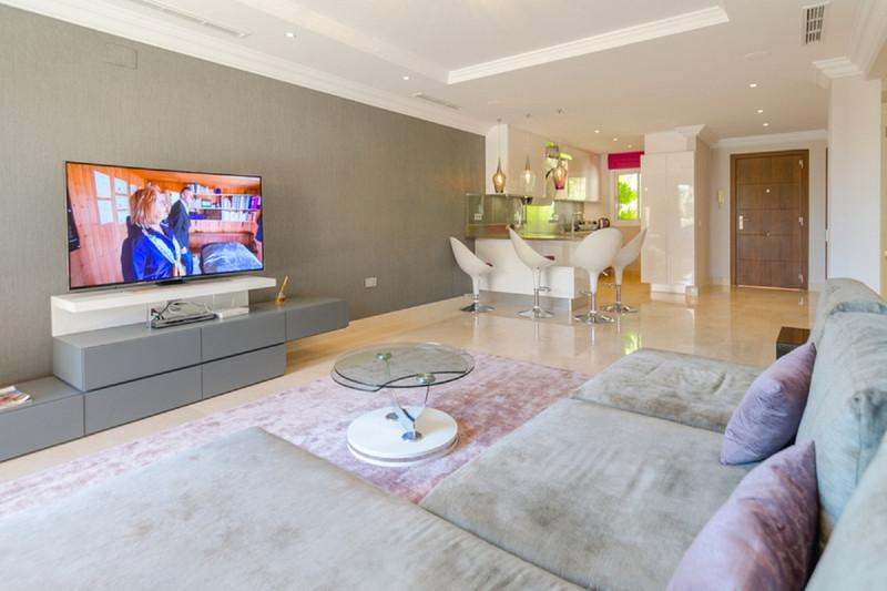 Marbella Banus Wohnung im mittleren Stockwerk, Nueva Andalucía – R3612905