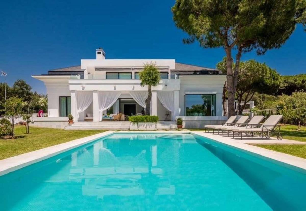 Marbella Banus Villa – Chalet en Venta en Las Chapas – R3598286