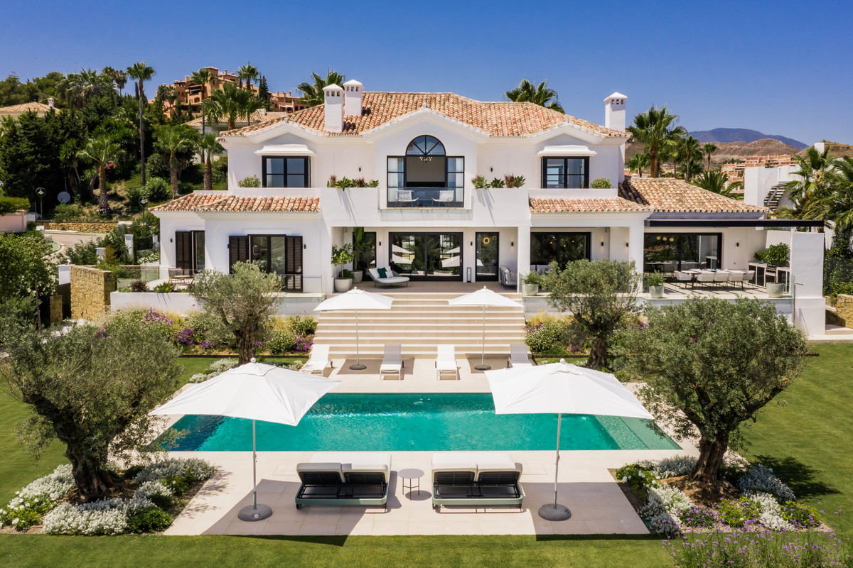 ELEGANT AND IMPRESSIVE MODERN VILLA FOR SALE DESIGNED BY MIGUEL TOBAL WITH PANORAMIC SEA VIEWS A tim,Spain
