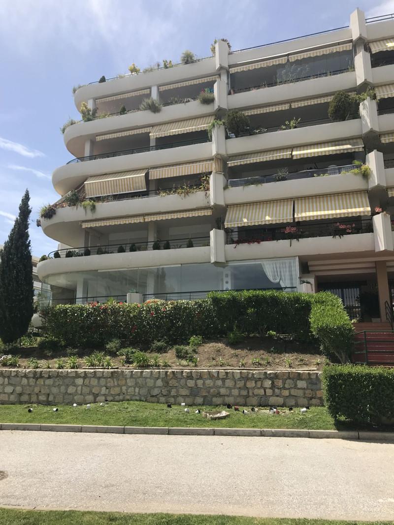 Apartamento Planta Media en venta en Guadalmina Alta – R3425086