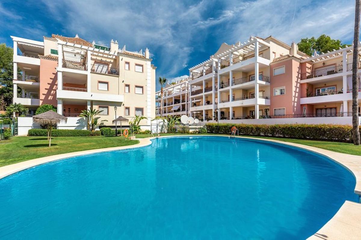Mitte Stock Wohnung zu verkaufen in Nueva Andalucía