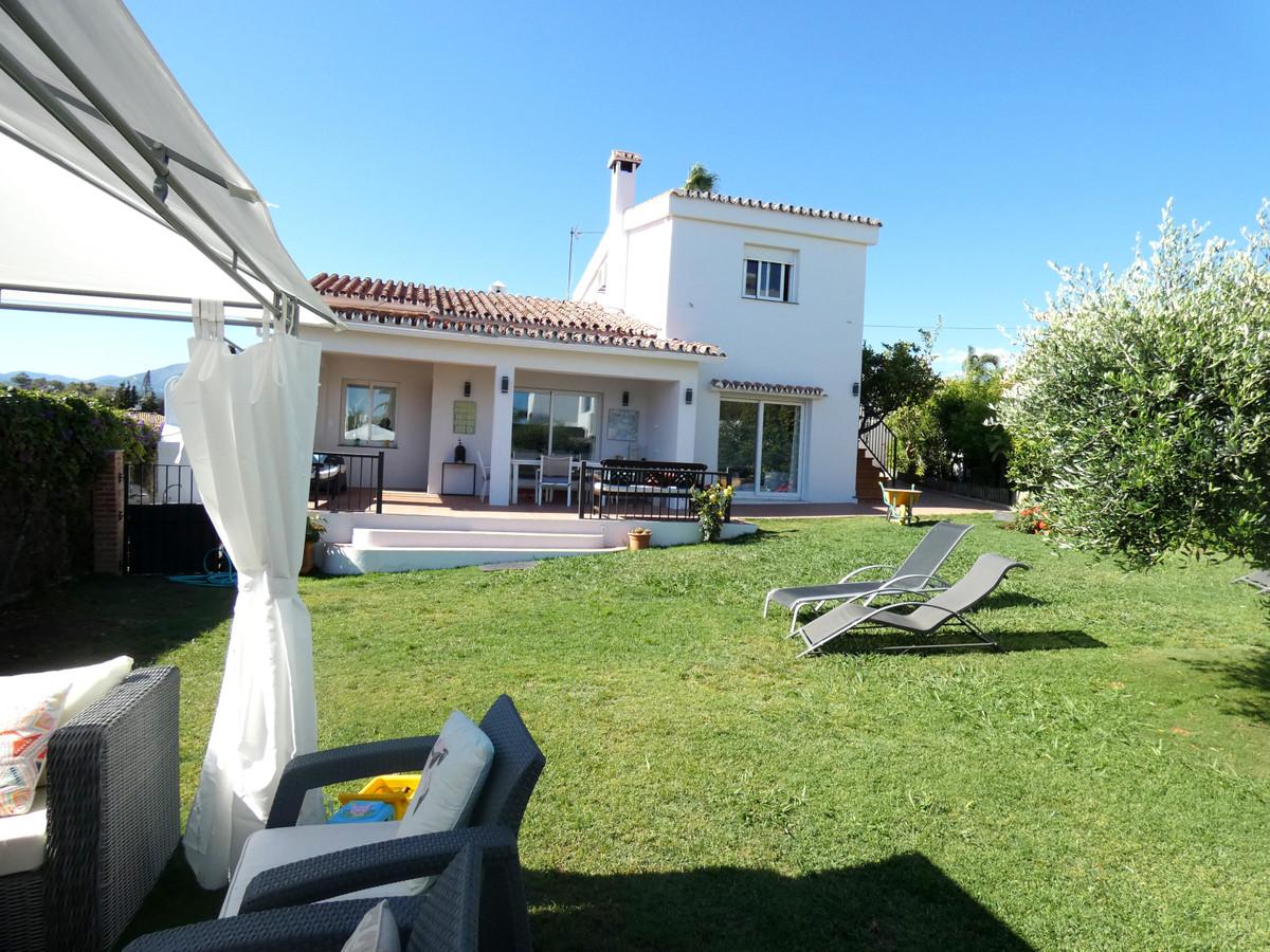 Detached Villa, San Pedro de Alcantara, Costa del Sol. 5 Bedrooms, 3 Bathrooms, Built 150 m², Terrac,Spain