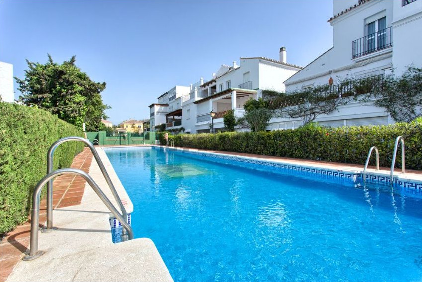 front line beach -Ground Floor Apartment, San Pedro de Alcantara, Costa del Sol. 3 Bedrooms, 2 Bathr, Spain