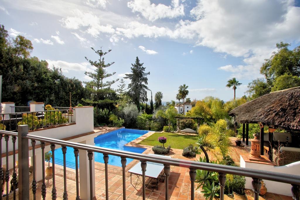 Villa en Venta en The Golden Mile – R3138808