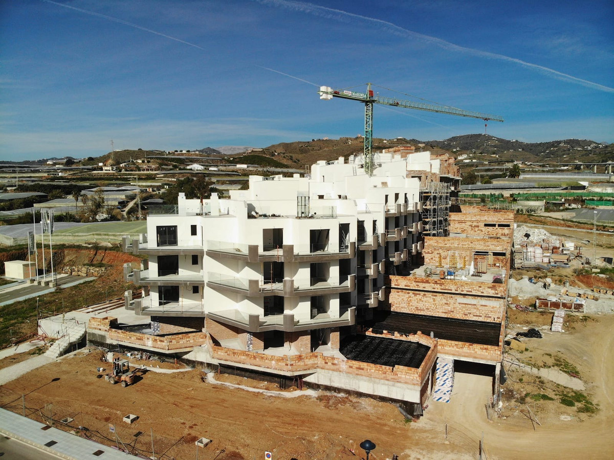 R3793657: Apartment - Middle Floor for sale in Torrox Costa