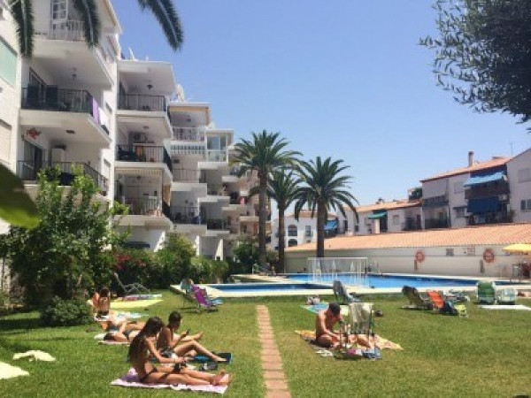 Ref:R3255421 Apartment - Middle Floor For Sale in Nerja