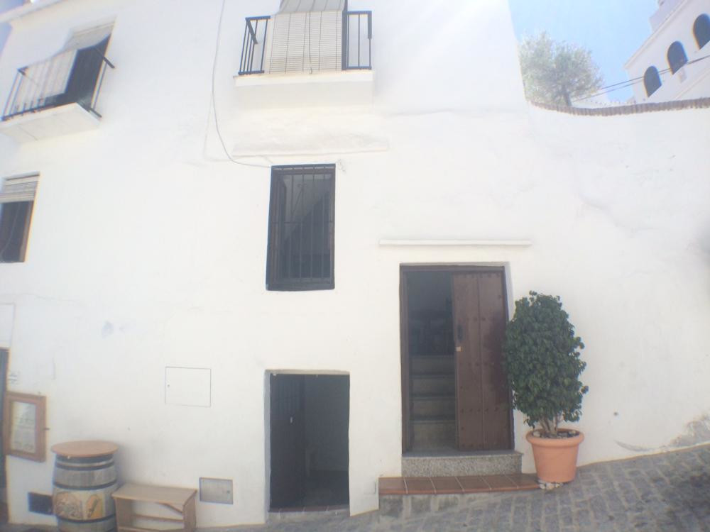 Andalusian townhouse located in the heart of Frigiliana, just after the church square. A traditional,Spain