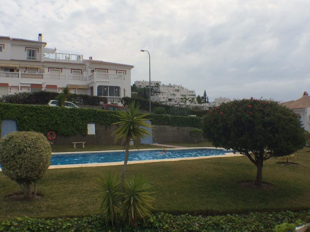 Two bedroom garden apartment located in Torrox Park within walking distance to all amenities. Consis, Spain