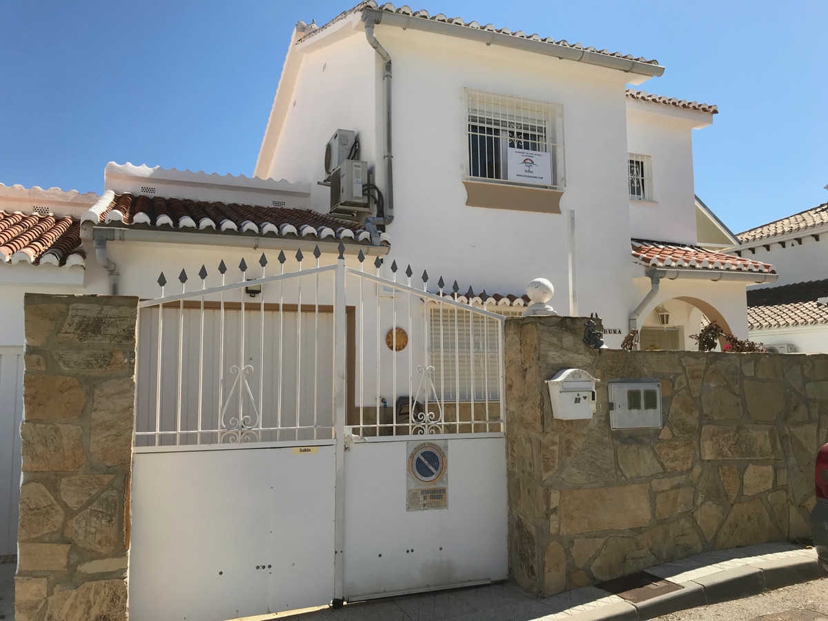 Ref:R3379426 Villa - Detached For Sale in Torrox Costa