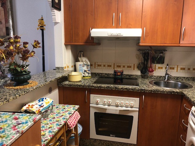 R3255379: Apartment - Middle Floor for sale in Torrox Costa
