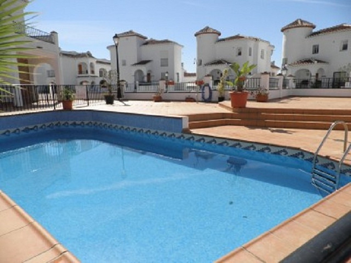 A delightful, modern end town house located on the edge of one of the areas prettiest villages. The ,Spain