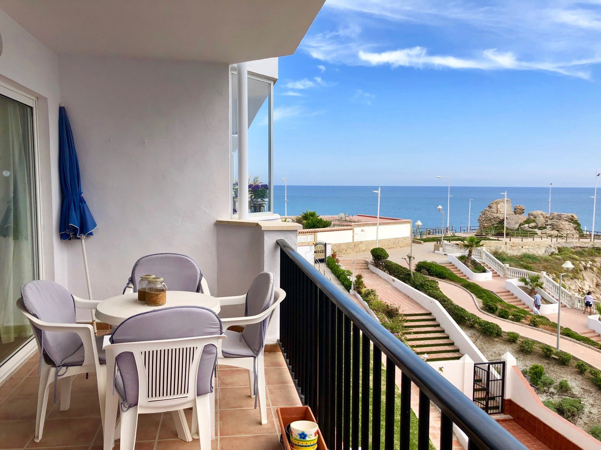 Ref:R3255544 Apartment - Middle Floor For Sale in Nerja