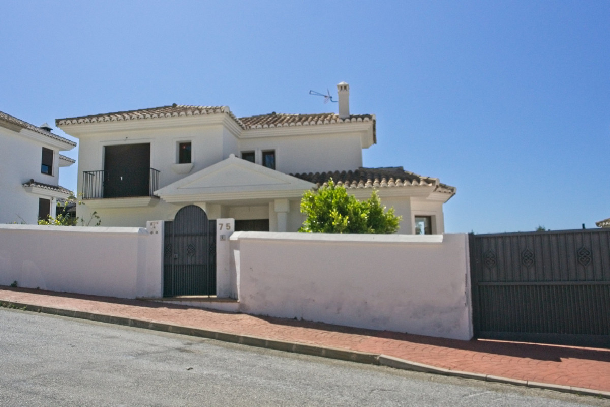 BANK REPOSSESSION! Well constructed villa with private pool located just off the Mijas to Benalmaden,Spain