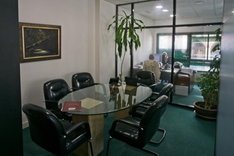 Marbella Banus Oficina en venta en Marbella – R3401281