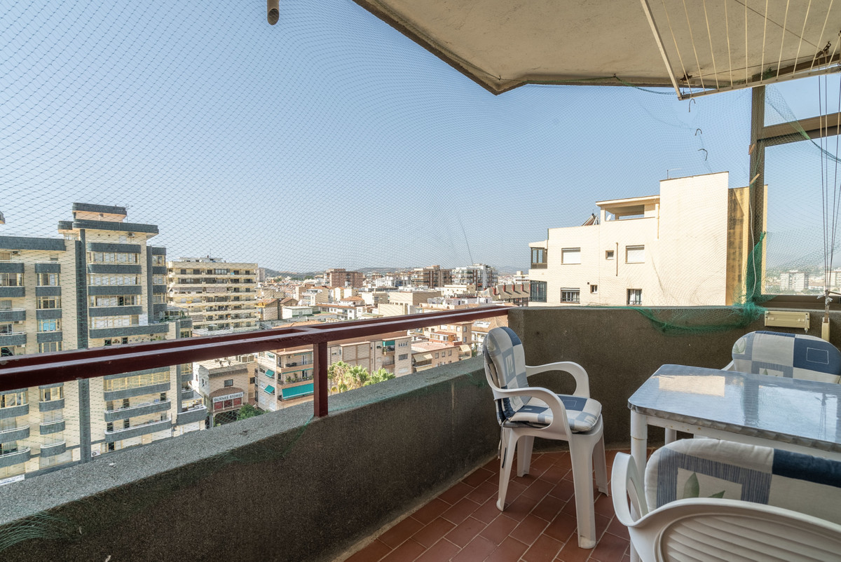 This apartment is perfect for holiday using or renting out. It is near the beach and near the center, Spain