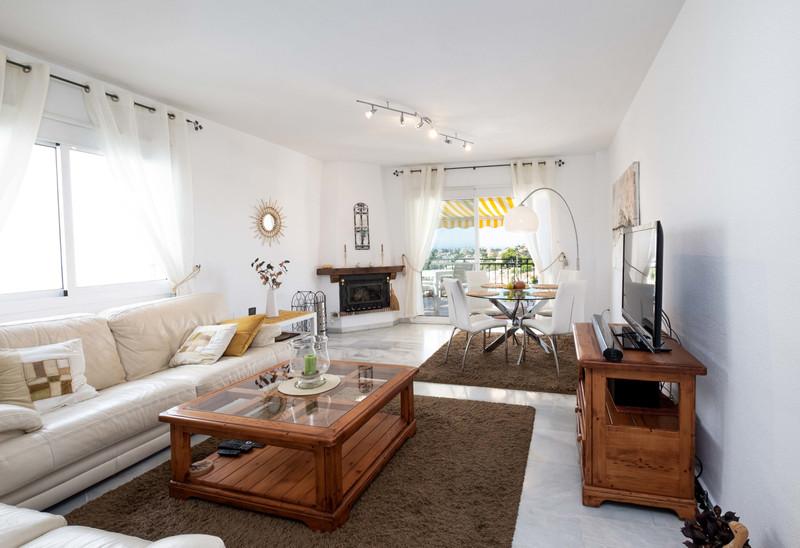Marbella Banus Apartamento Planta Media en venta, Calahonda – R3519073